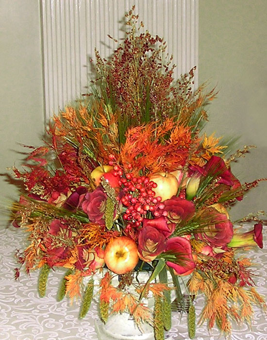 Stunning & bold holiday floral centerpiece
