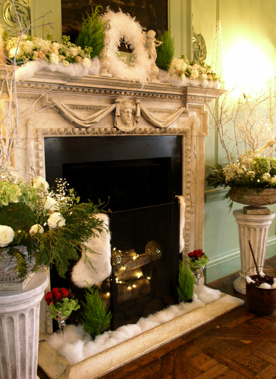 Holiday decorating ideas for the hearth and mantel