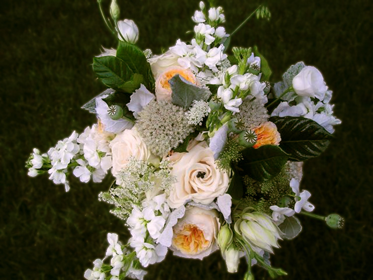 Bridal bouquet with peach garden roses