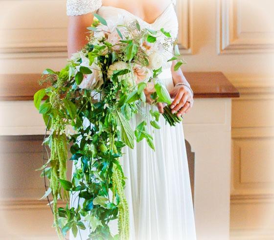 Cascading Bridal Bouquet : Photo by Sarah Bastille