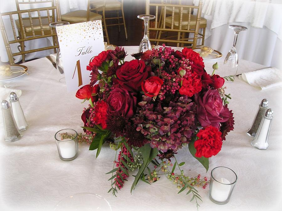 Floral Centerpieces for a Winter Wedding Reception