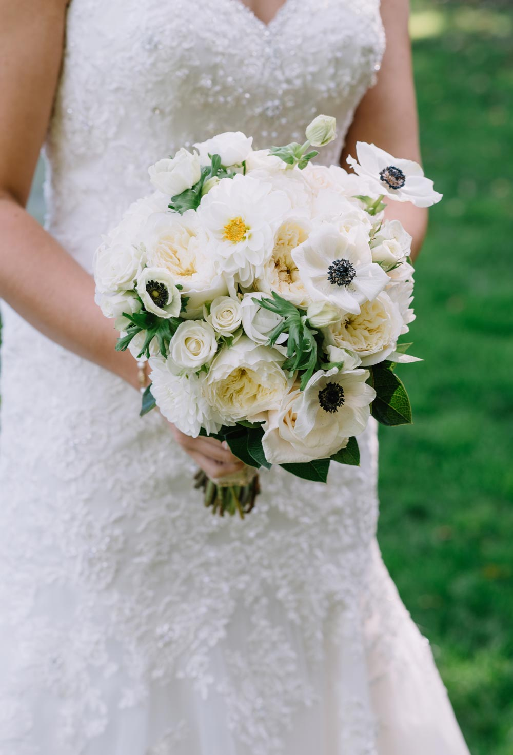Anemone with black center in bridal bouquet : Jennifer Smith, Darling Photography
