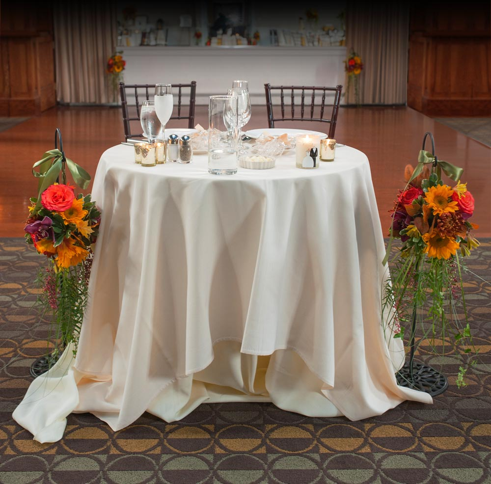 Sweatheart Wedding Table in Jewel Tones