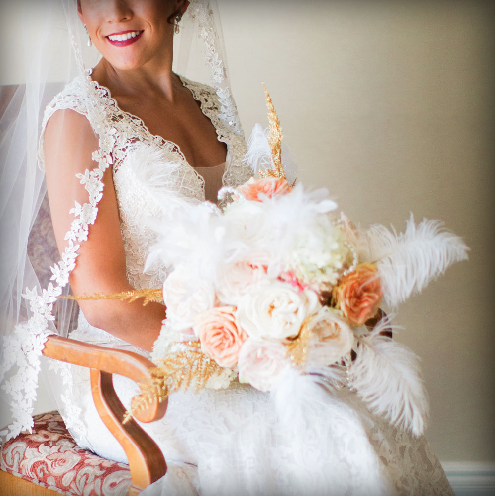 Bouquet with feathers, Gatsby wedding
