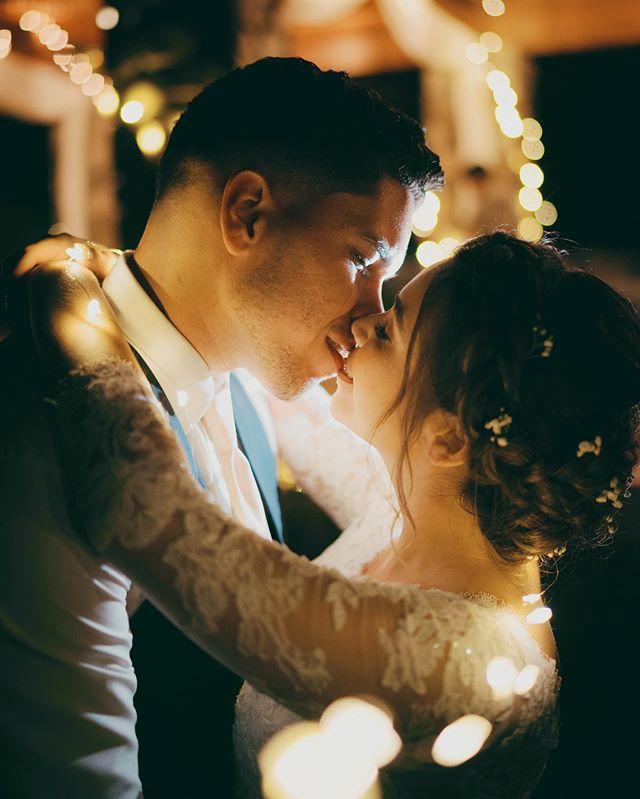 @dreamvillestudios // #weddingphotographer #weloveweddings #wedding