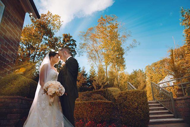 @dreamvillestudios // #weddingday #weddingphotographer #photoshoot