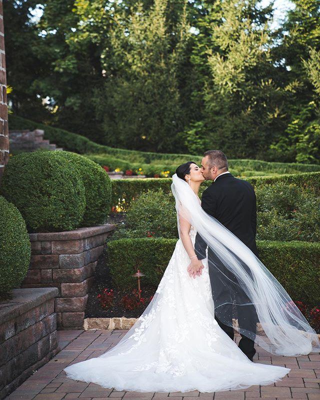 @dreamvillestudios // #weddingday #wedding #weddingphotographer