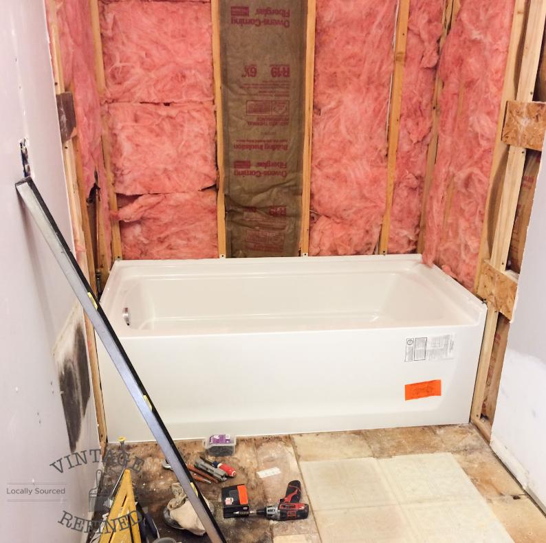 Bathtub molding.jpg