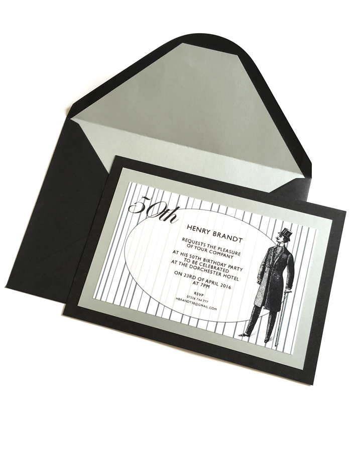 Invitaciones personalizadas con caballero.jpg