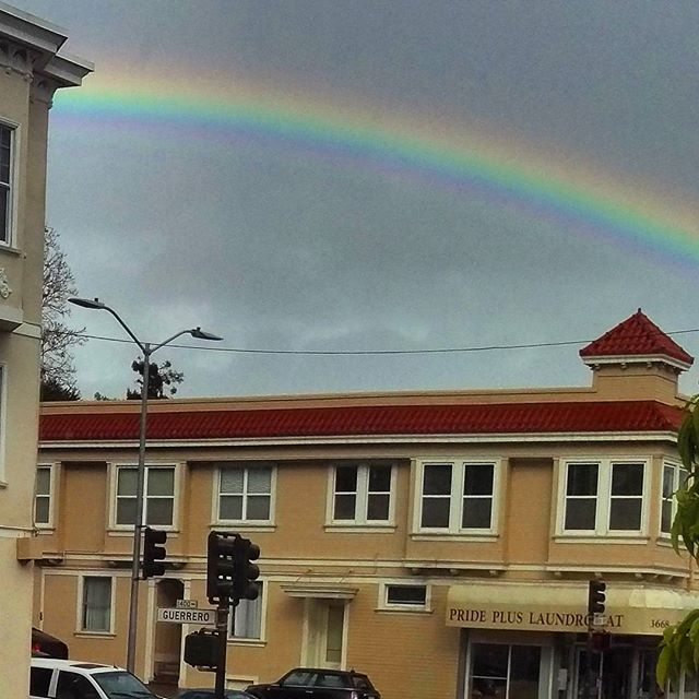 Rain makes strong art sometimes #rainbow #sanfrancisco #sanfran #sf #rainyday #rain #naturalbeauty #peace #love
