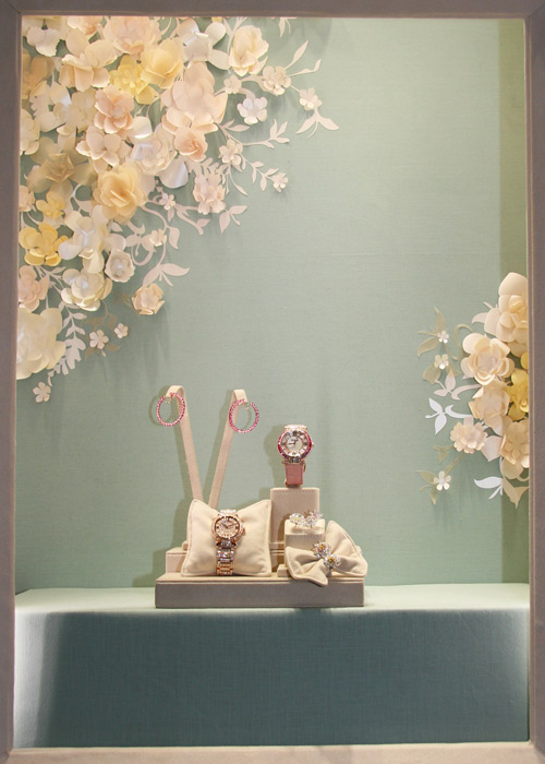 window-display - chopard - paper flowers - francesca signori