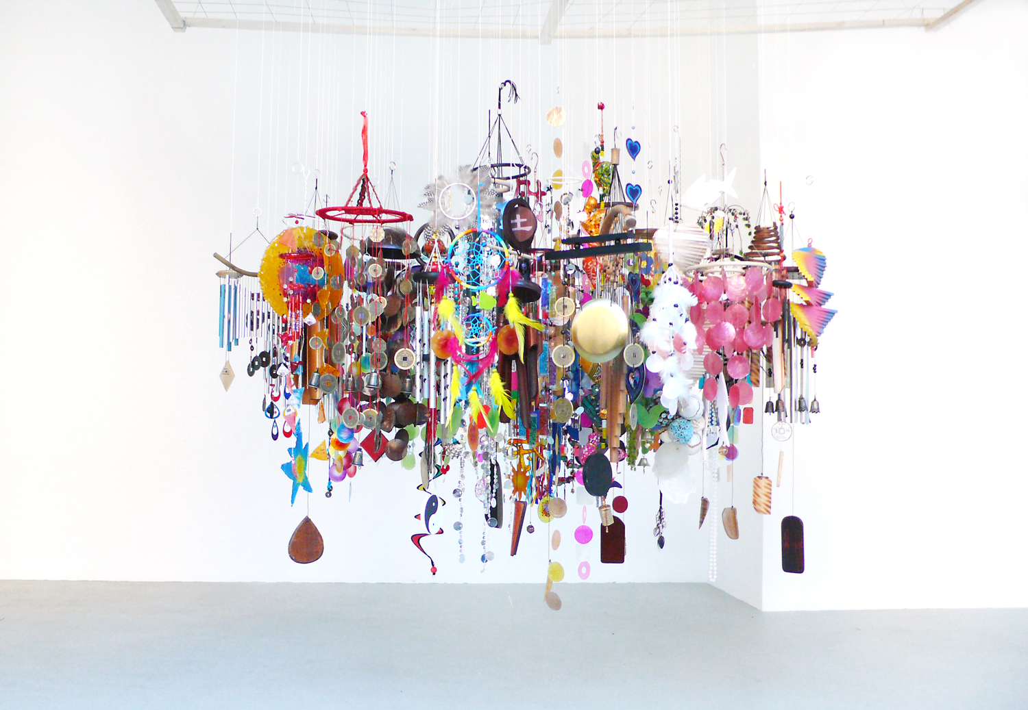 Mojo , 2012, metal, wood, bamboo, leather, glas, textiles, plastic, mussels, feathers, diameter ca 150cm Installation at the studio, Berlin