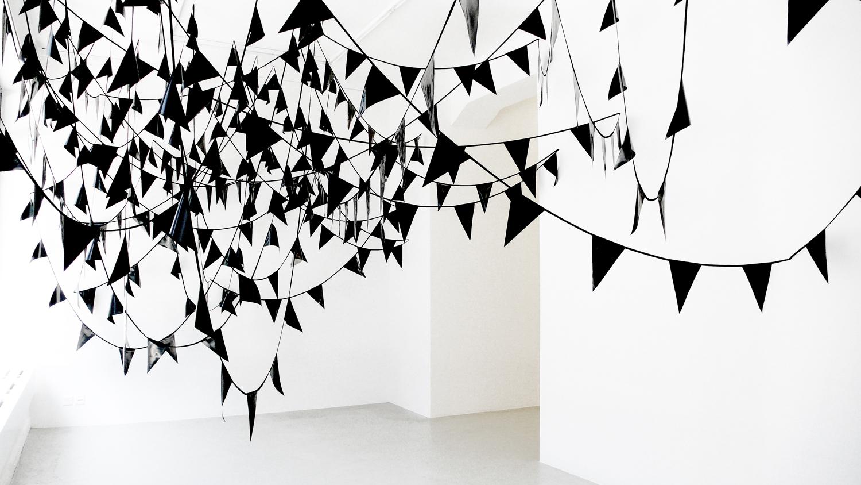 rift  , 2011, plastic, textiles, dimensions variable      hyle, 2011, Lullin + Ferrari, Zürich