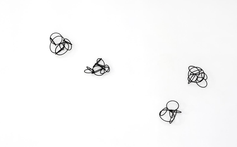 Island Est l-lV , 2014, metal, wire, diameter ca 18-24cm