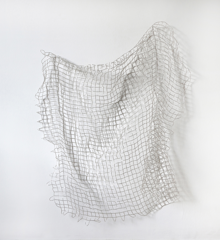 Waveland/ siatka , 2019, bugle beads, nylon, 84 x 89 x 5cm