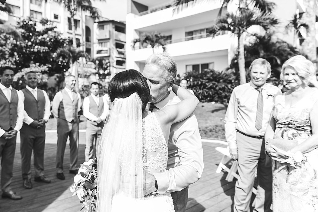 Lottie Lillian - Destination Wedding Puerto Vallarta_0041.jpg