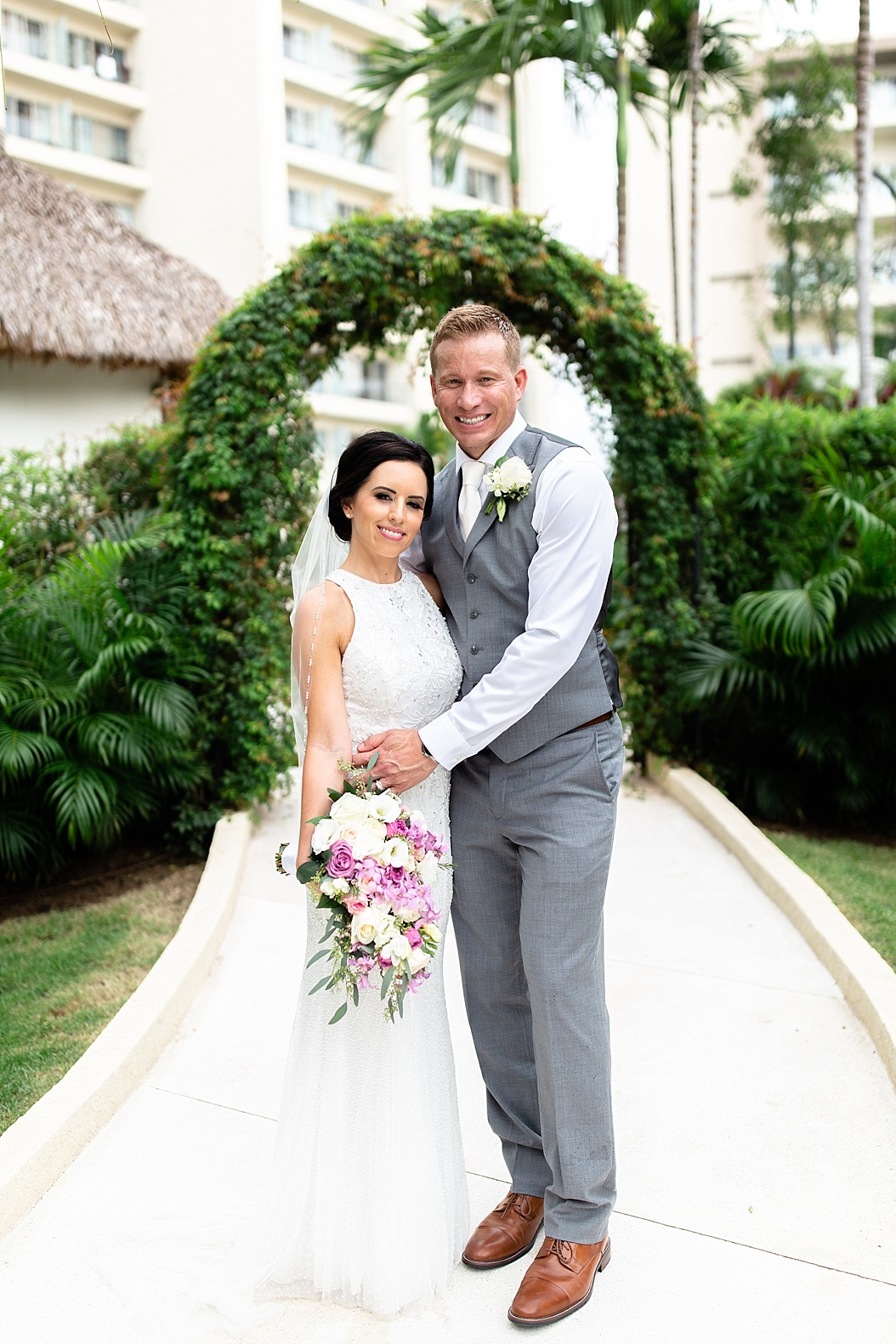 Lottie Lillian - Destination Wedding Puerto Vallarta_0075.jpg