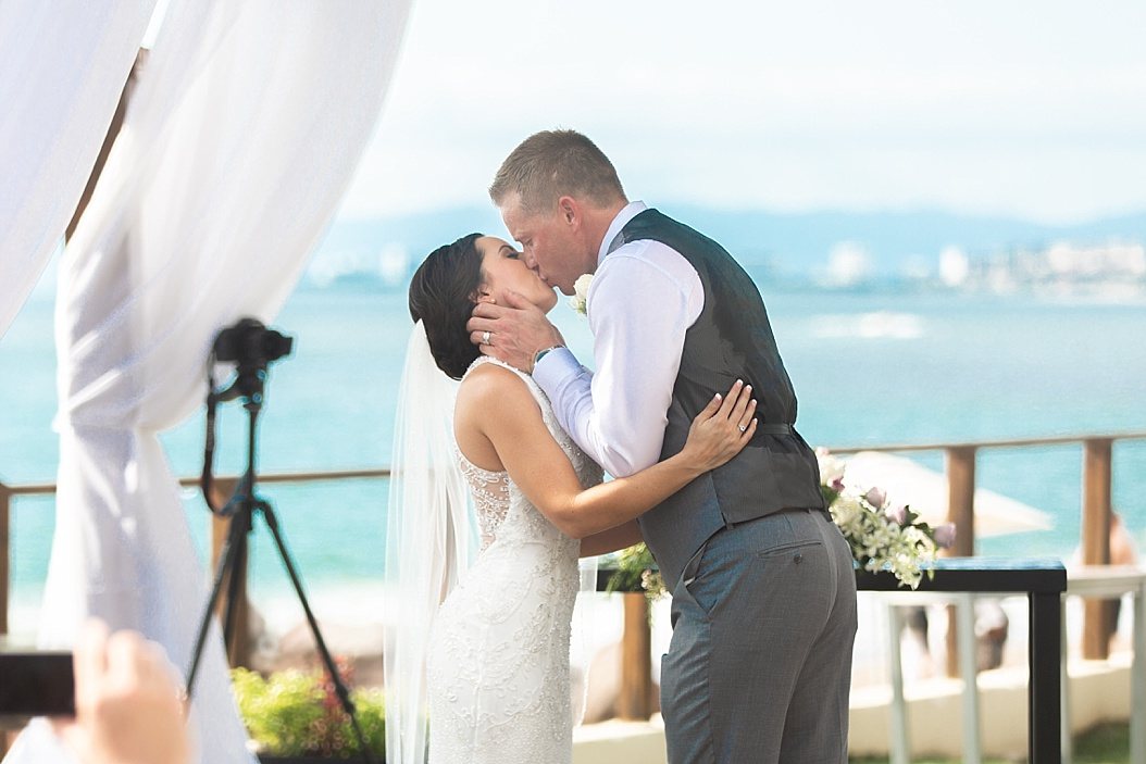 Lottie Lillian - Destination Wedding Puerto Vallarta_0129.jpg
