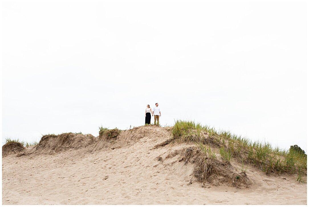 Kohler-Andrae State Park Engagement_0005.jpg