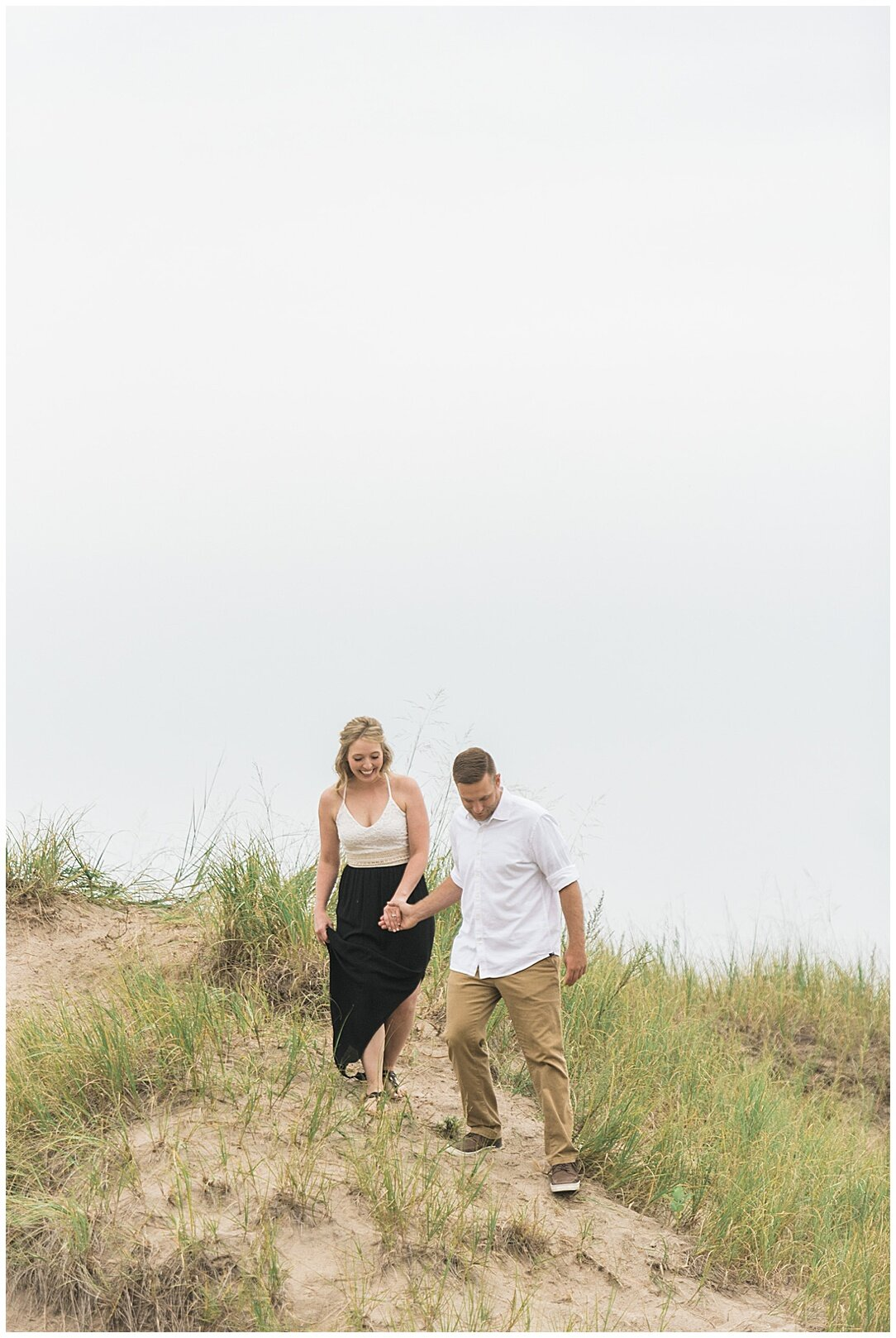 Kohler-Andrae State Park Engagement_0013.jpg