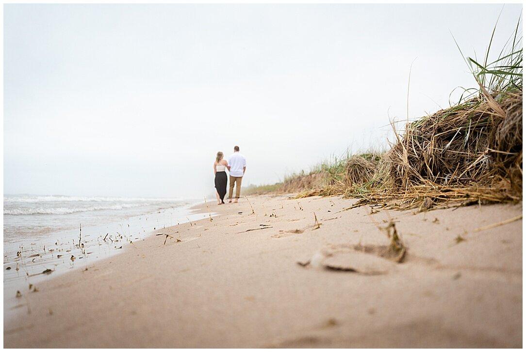 Kohler-Andrae State Park Engagement_0053.jpg