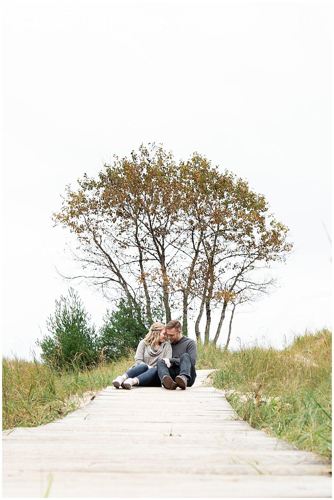 Kohler-Andrae State Park Engagement_0112.jpg