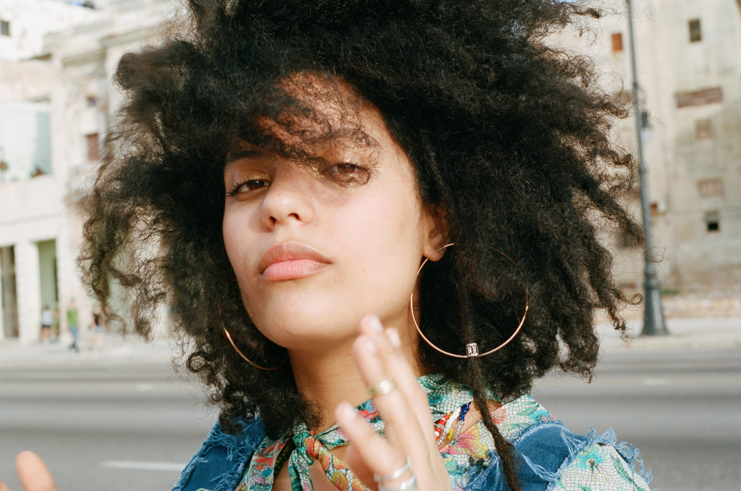 amber_mahoney_ibeyi_fader_magazine_cuba_film_photography_013.jpg