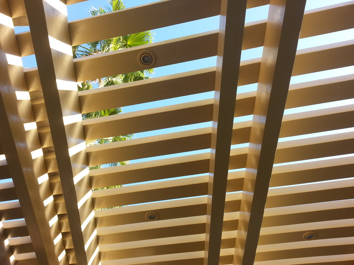 Aluminum Dash Wood Lattive Patio Cover, La Quinta, CA