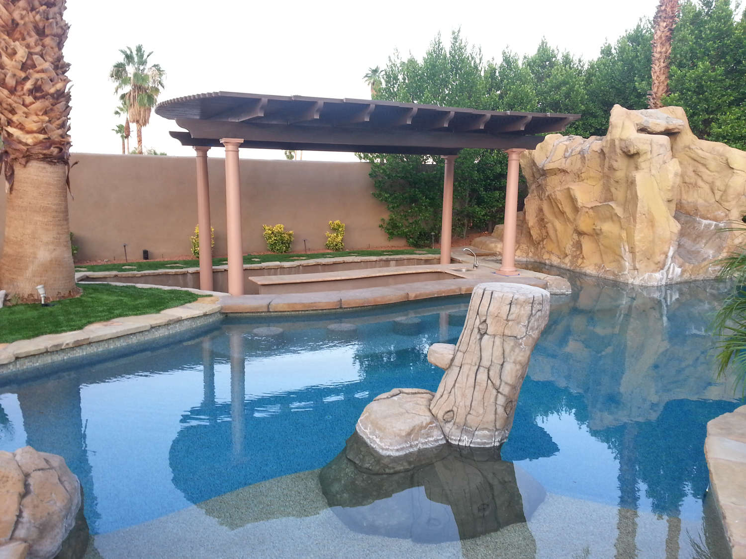 Freestanding Gazebo Patio Cover with Fiberglass Poles, Indian Wells, CA