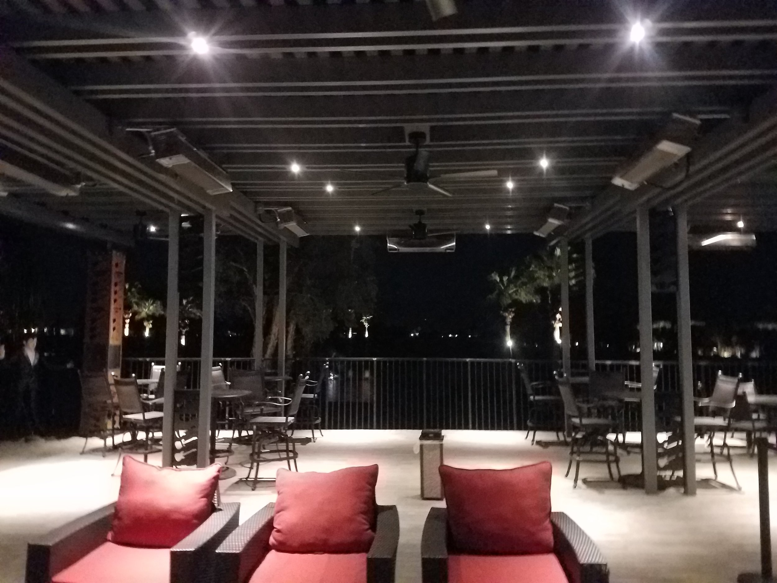 Restaurant outdoor seating area with lattice roof