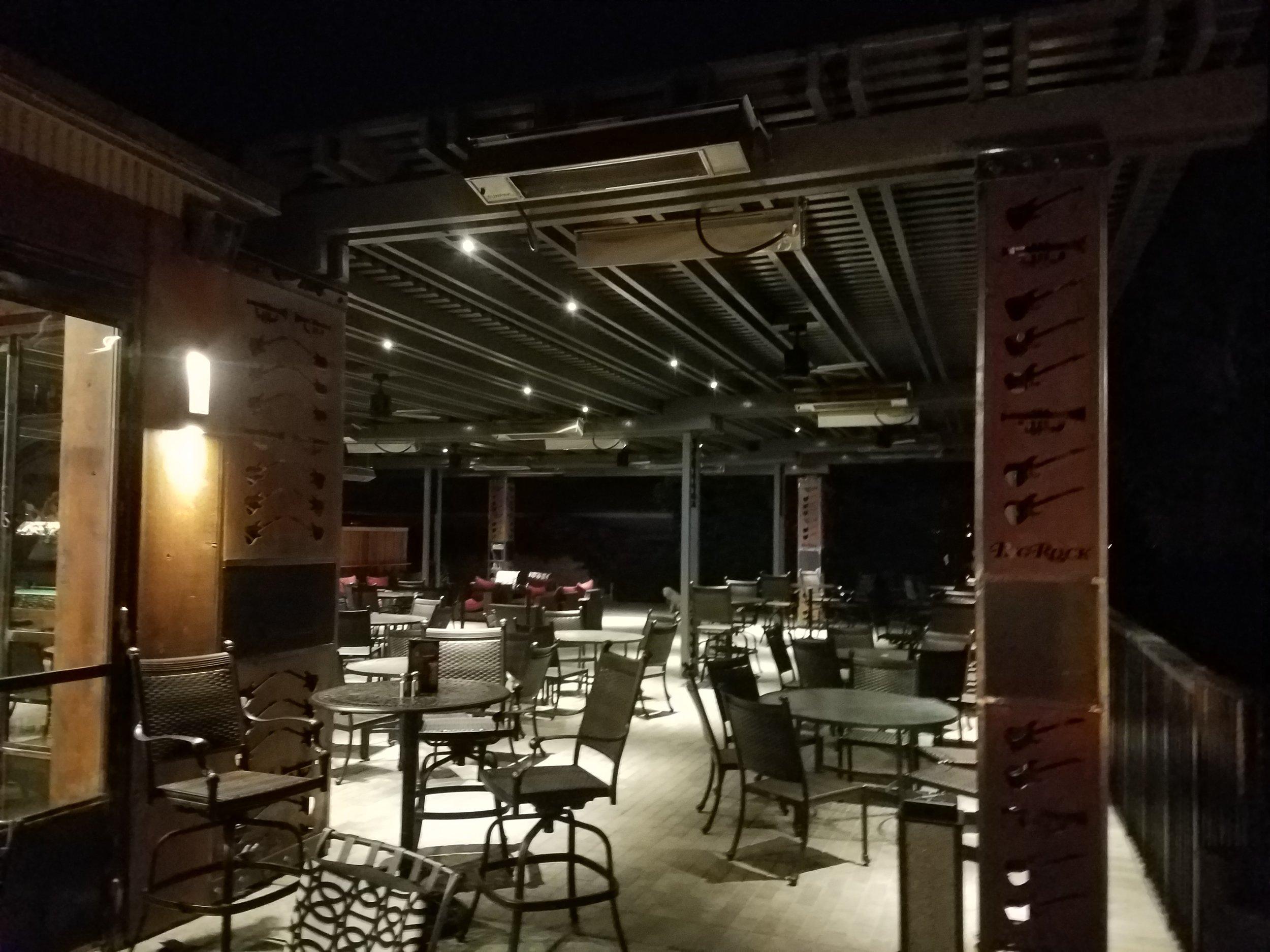 Outdoor lattice patio dining area