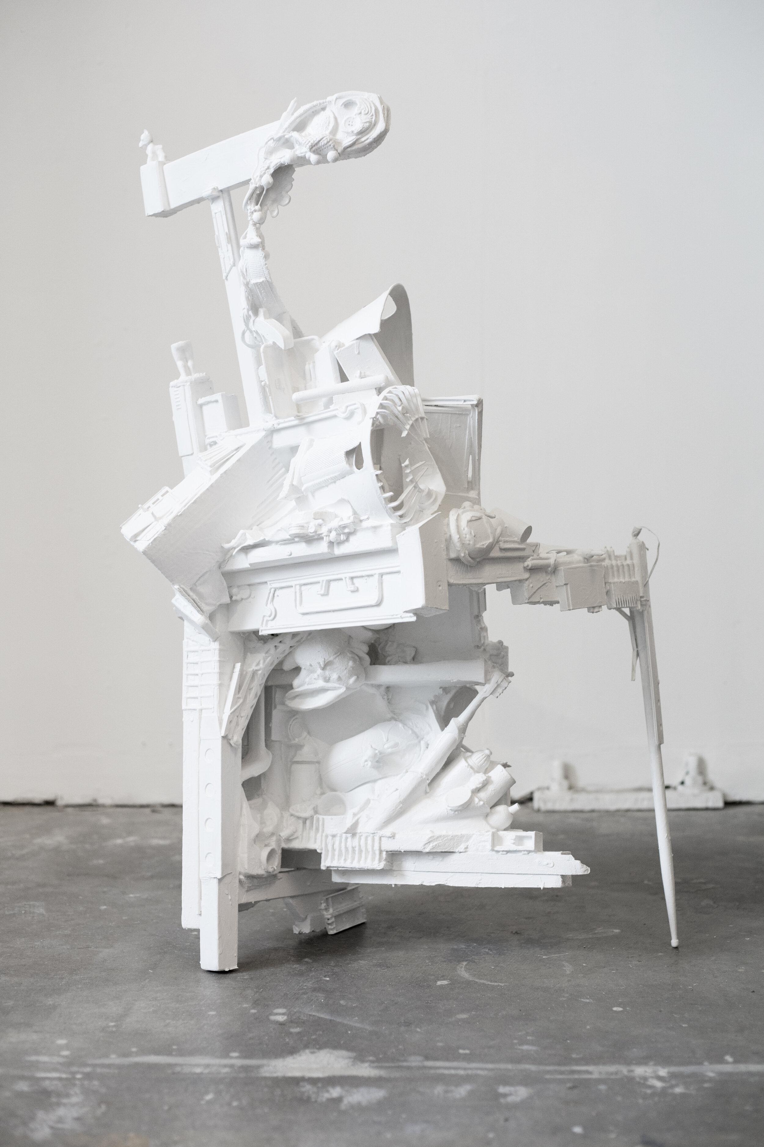 Chair Midden5.jpg