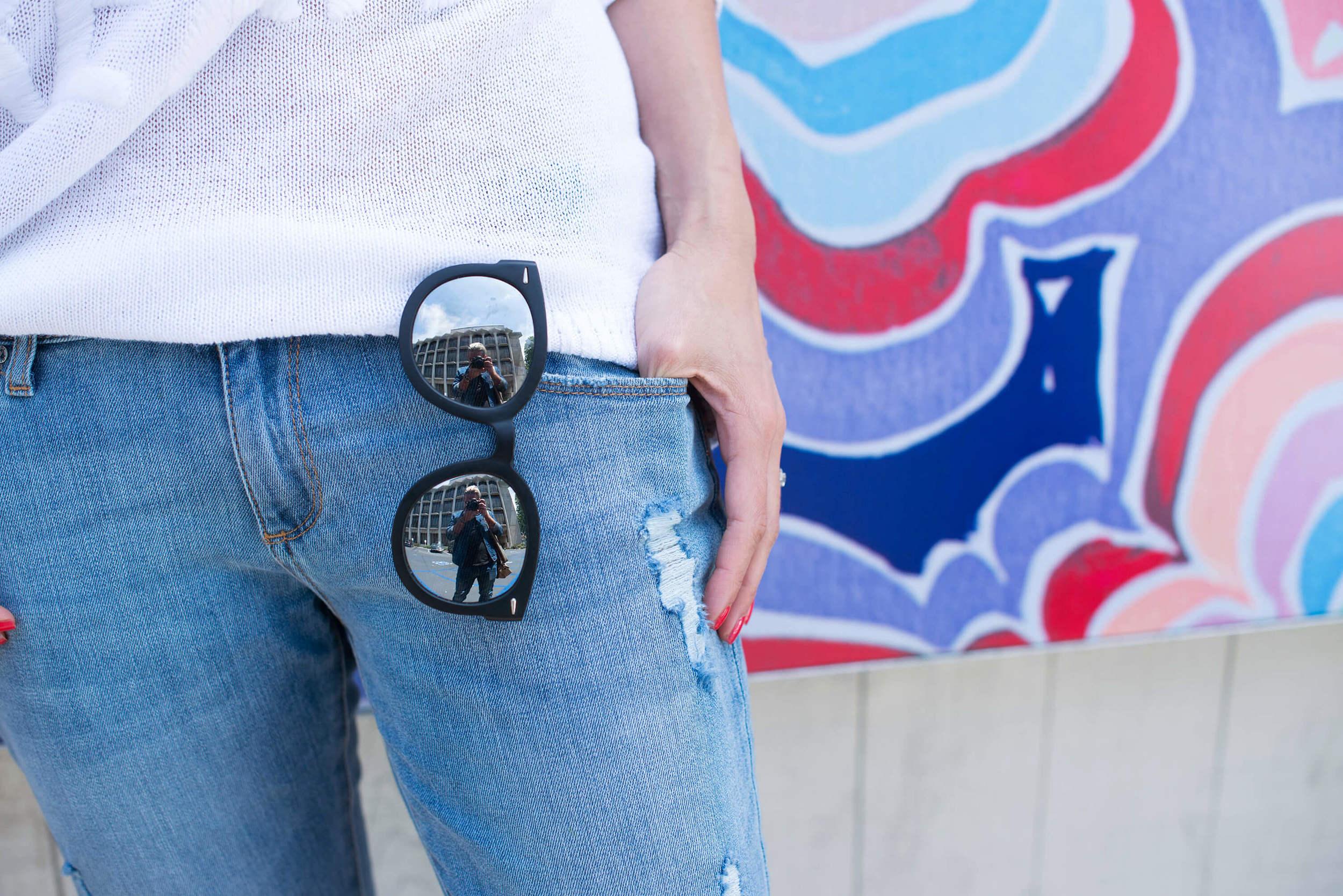 mirror sunglasses detail