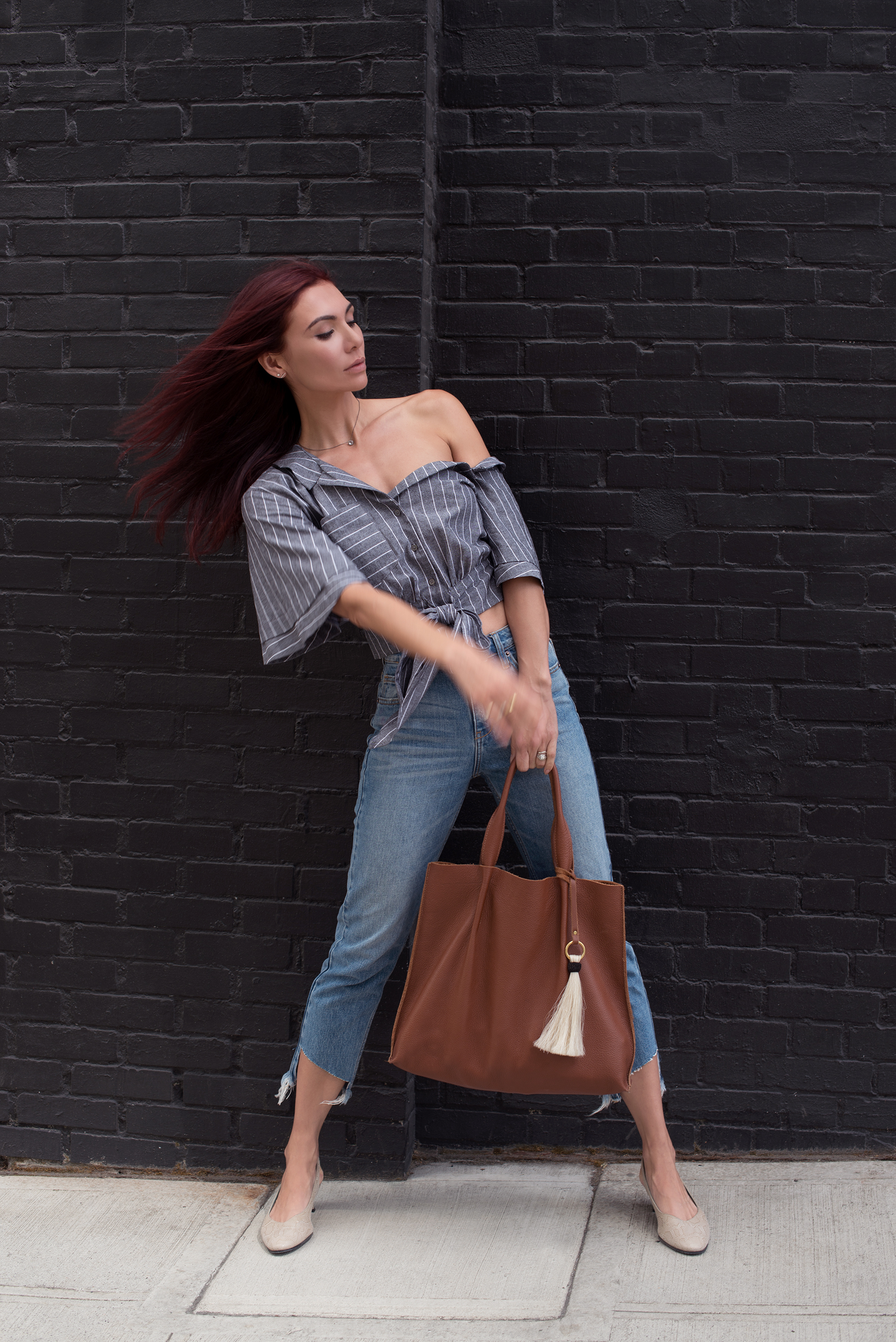 TOP   /   JEANS   / SHOES (similar   HERE  ) /   BAG   /   NECKLACE   /