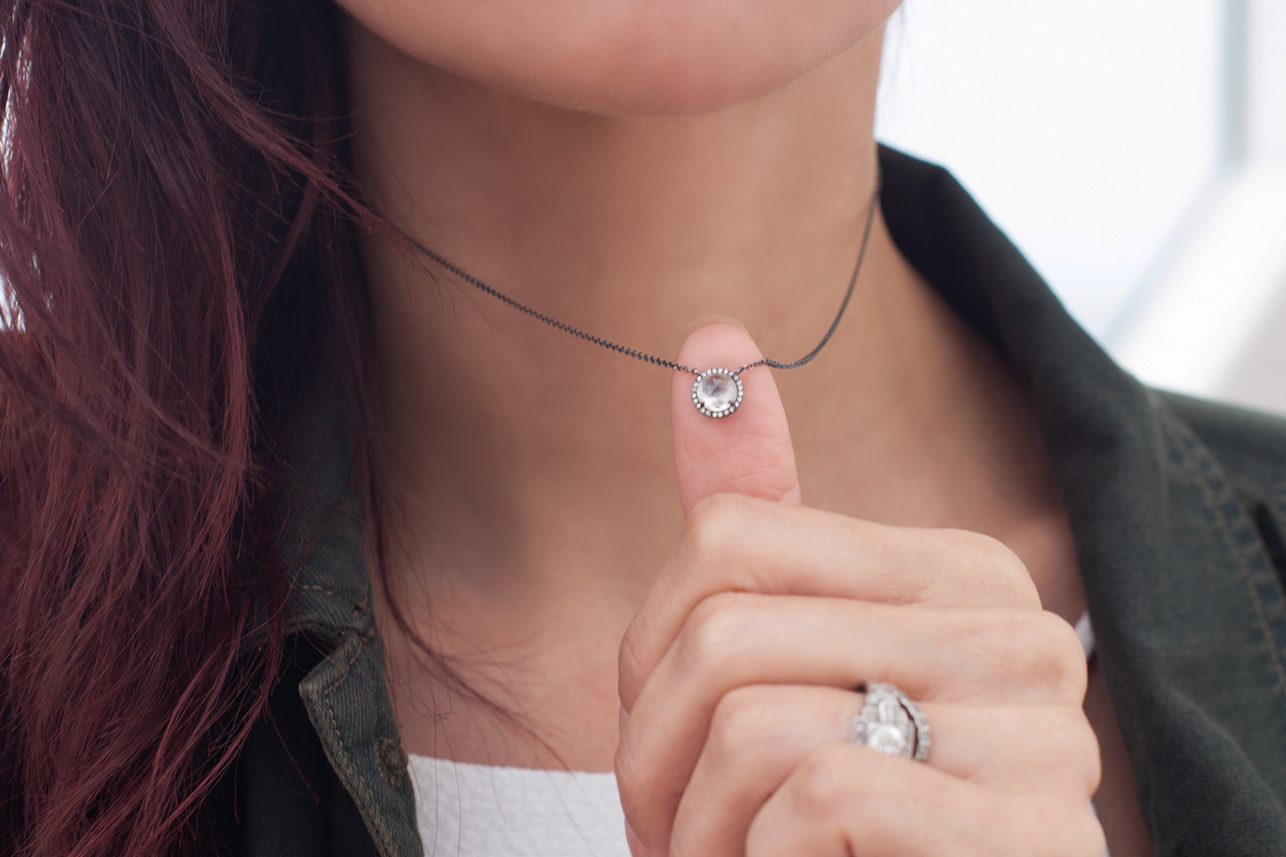 /  NECKLACE  /