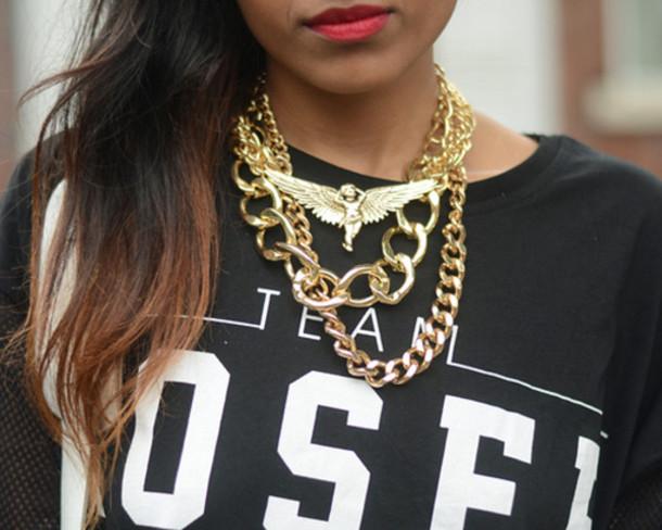 q3cf6i-l-610x610-shirt-clothes-tee-black+shirt-team-letters-white+letters-sweatshirt--fashion-jewels-gold.jpg