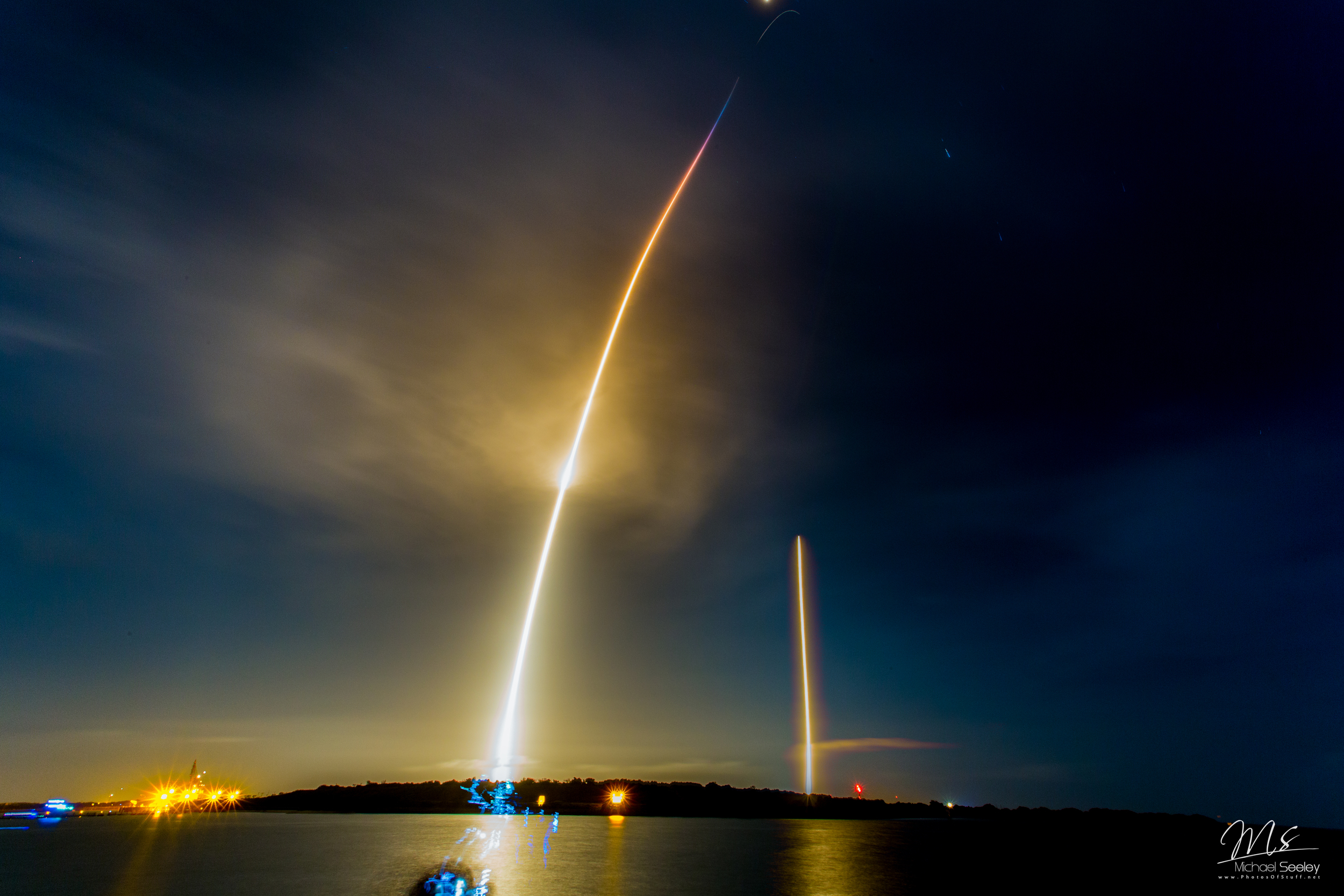 Falcon9 OG2 launch and landing by Space X