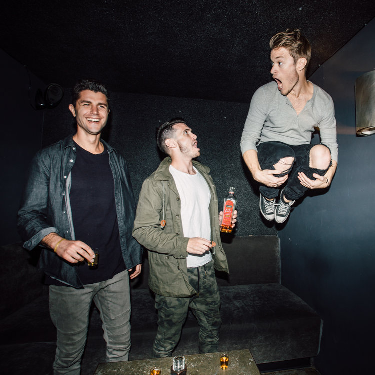 Jump to get the first round. #realirish — with @daveyspice, @duncanpenn, & @bennemtin of @theburiedlife 📷  by @coreymcnori