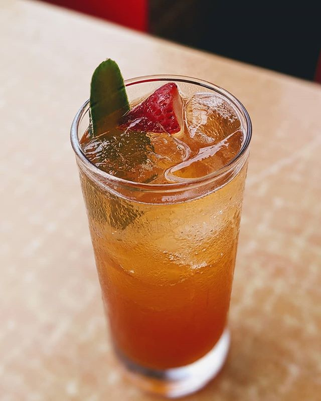 Friyay! Tonight's featured cocktail is the Pimm's Royale. Fresh muddled orange, strawberry, mint, and cucumber come together with Pimm's Liqueur and champagne. Come quench your thirst with us tonight. . . . . . #weloveatl #atleats #dbabbq #bestdealintown #craftcocktails #summer #summerdrinks #freshfruit #bestbbqatl
