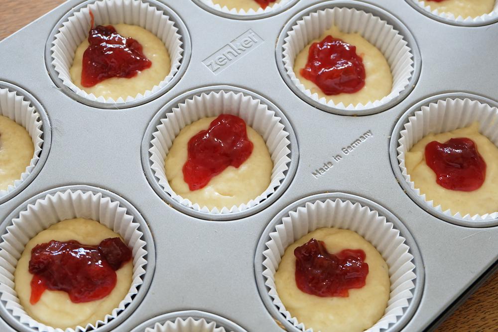 muffins-met-jamvulling.jpg