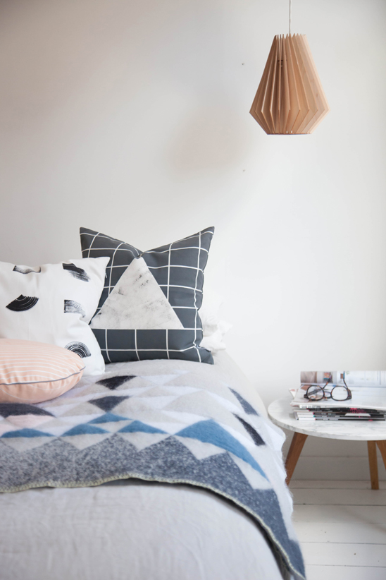 Cushions Line and Gleam_Mohair Blanket 01.jpg