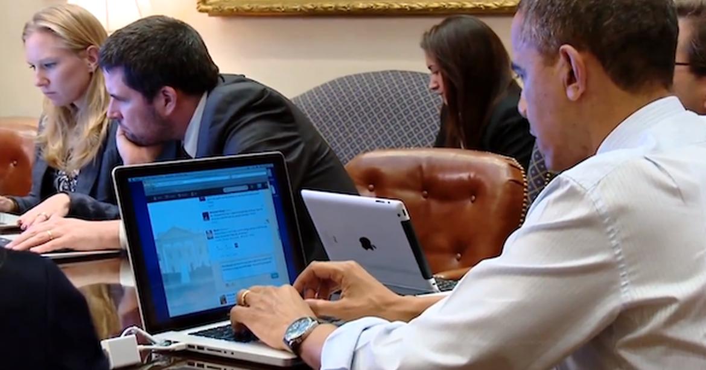 Obama não prescinde do seu MacBook!