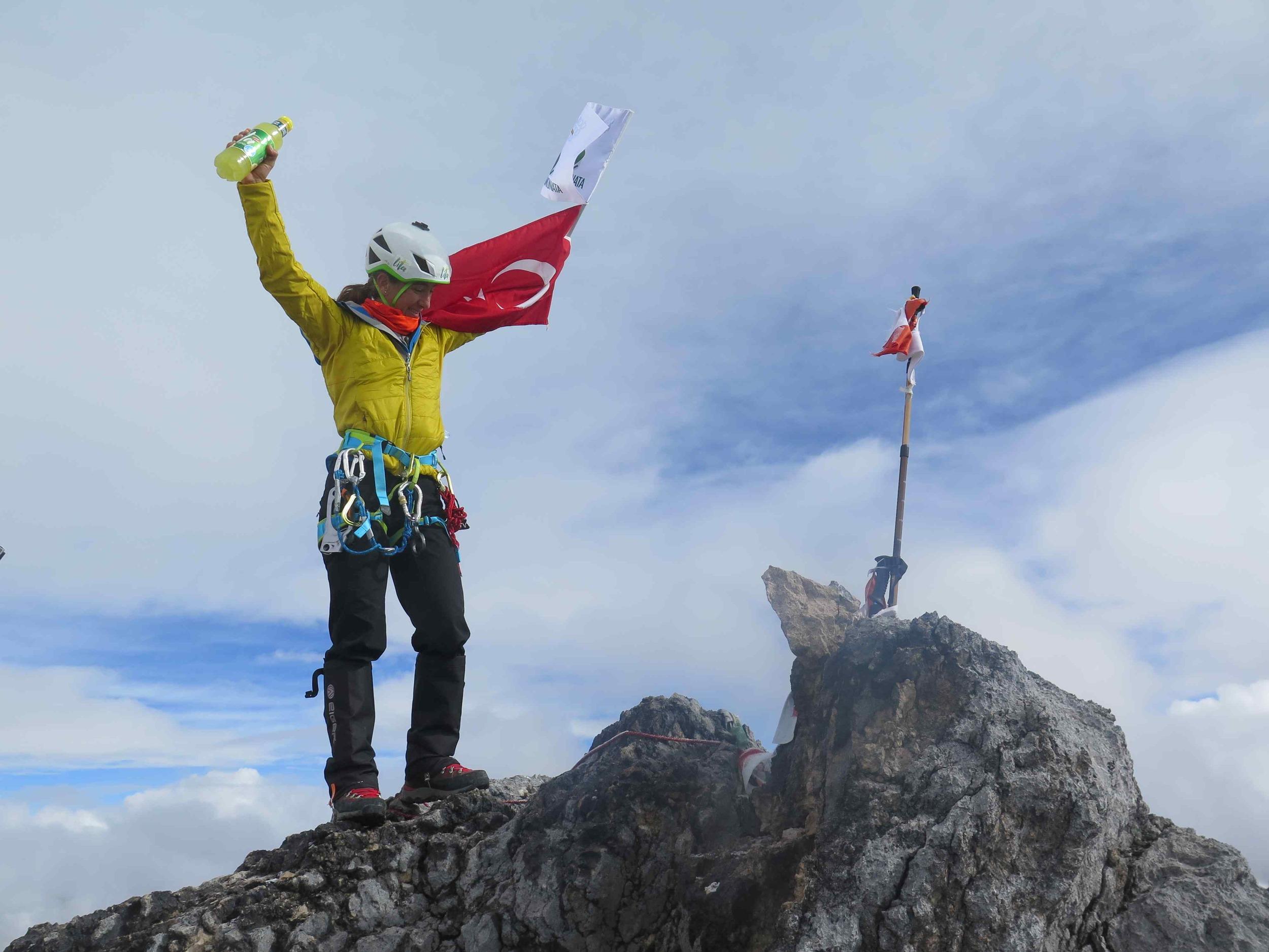 Zirve'de / The Summit