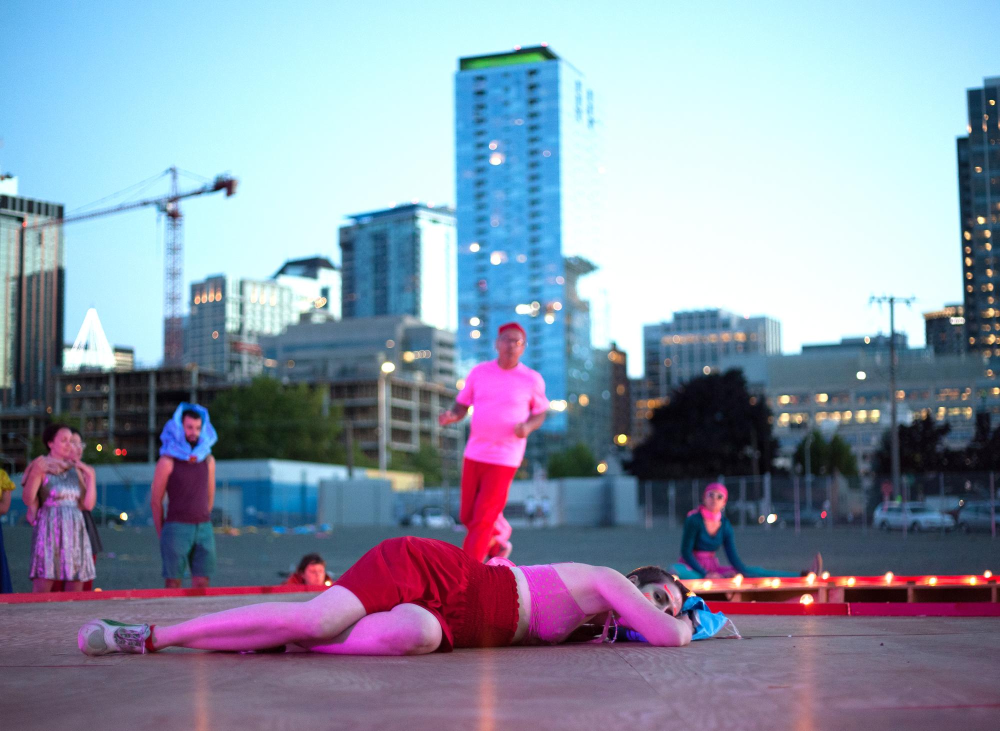 "Vanessa DeWolf, ""Collapsible Souffle"" for In Situ improvisational dance residencies"