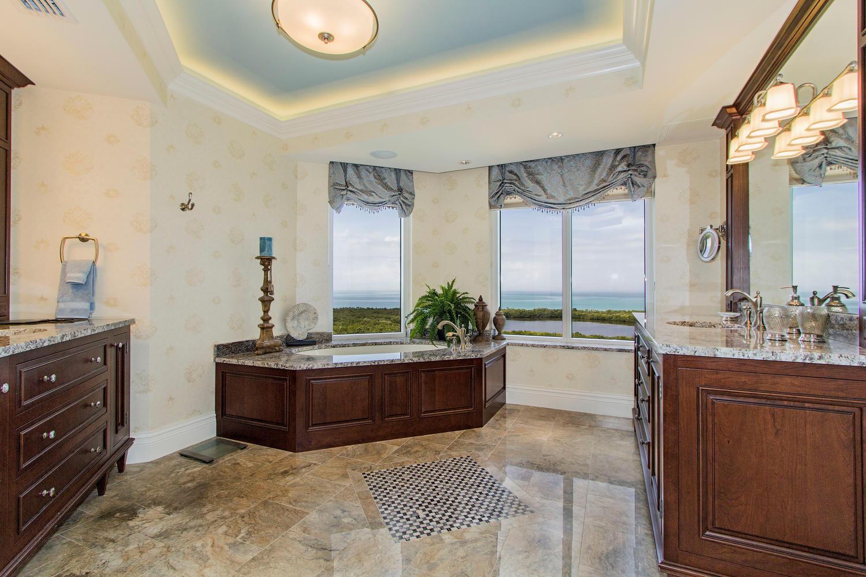 6597 Nicholas Blvd 1503 Naples-large-015-15-master bathroom-1500x1000-72dpi.jpg
