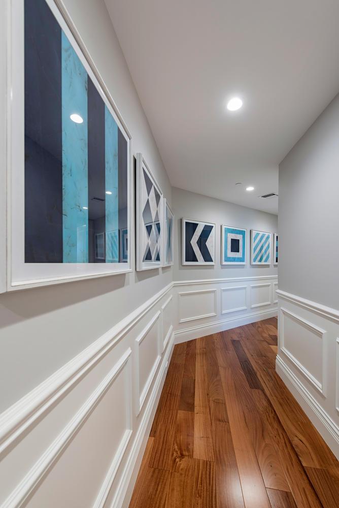 8473 Bay Colony Drive 401-large-001-3-Hallway-668x1000-72dpi.jpg