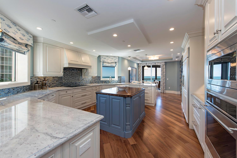 8473 Bay Colony Drive 401-large-007-9-Kitchen View 2-1499x1000-72dpi.jpg