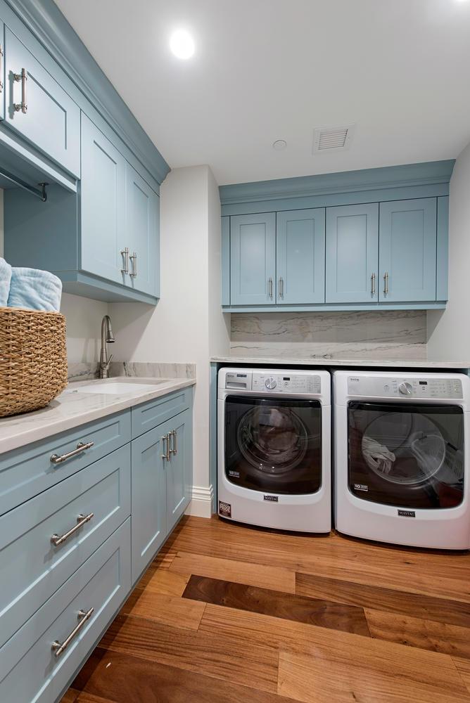 8473 Bay Colony Drive 401-large-015-1-Laundry-668x1000-72dpi.jpg