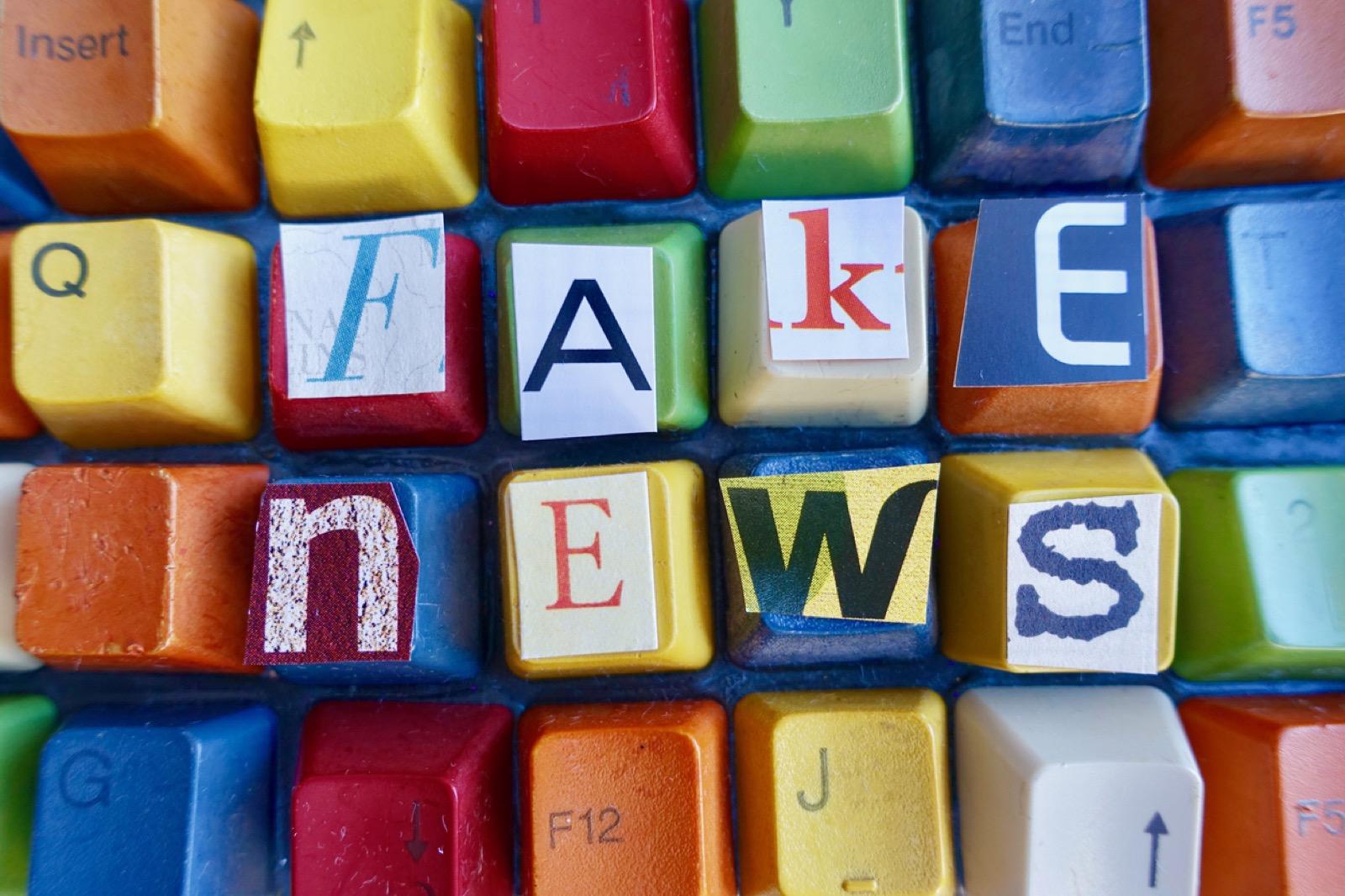 Fake-news-letters-on-colorful-keys-694879770_1258x838 (1)_Web.jpeg