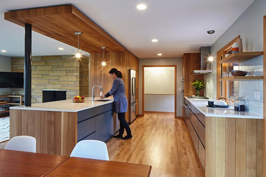south kitchen2_900.jpg